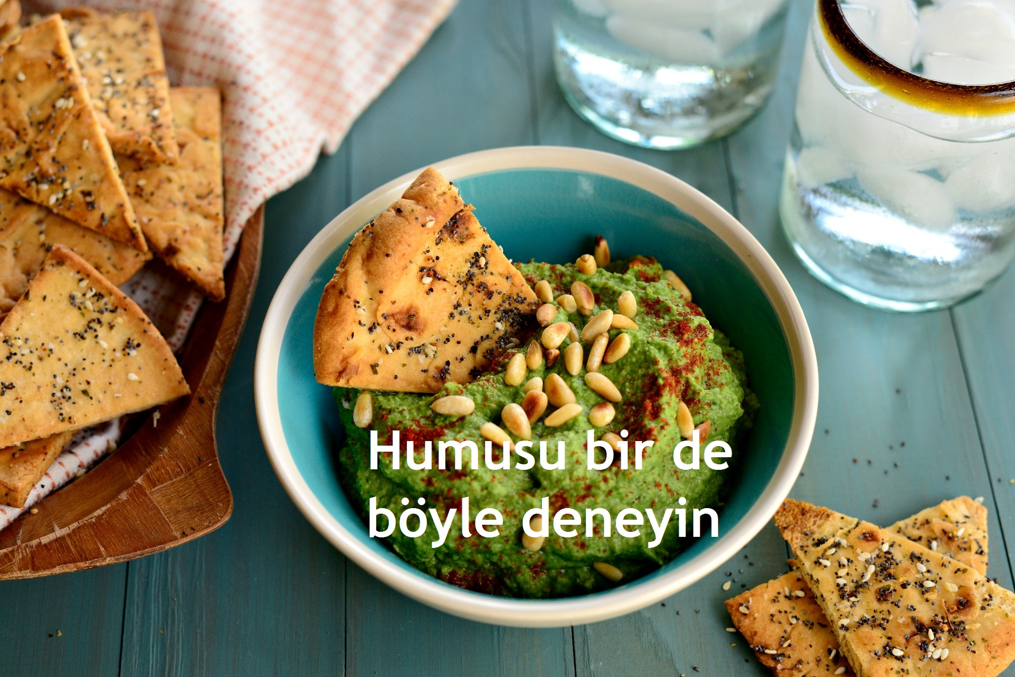 yazili_Roasted-Garlic-Kale-Hummus-l-www.SimplyScratch-9